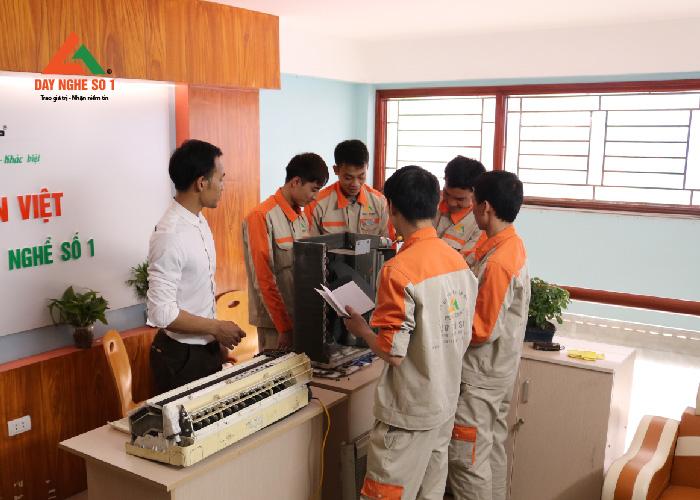 Khóa học nghề tại Trung tâm dạy nghề số 1