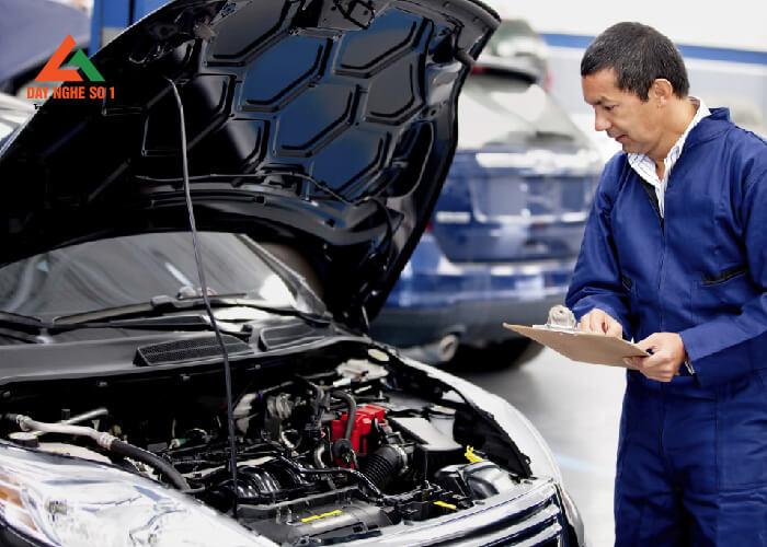Học sửa chữa ô tô tại trung tâm Dạy nghề số 1